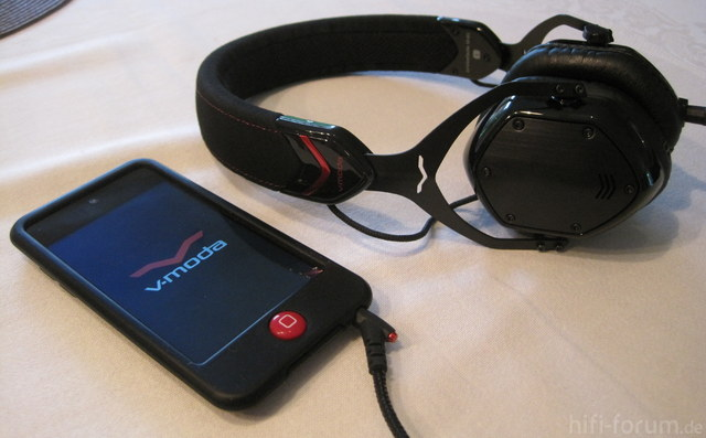 V-Moda Crossfade M-80 Und IPod Touch 4G