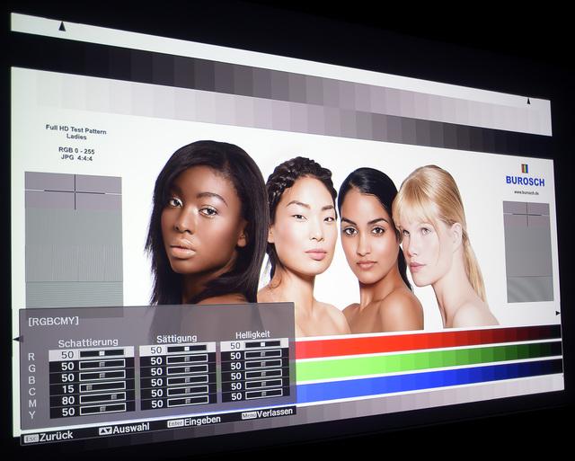 Epson EH TW9300W   Screenshot Ladies Mit Cine4home LP Filter