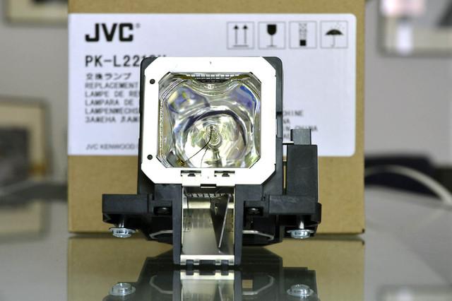 NEW LAMP Deckenprojektion_MBR7732