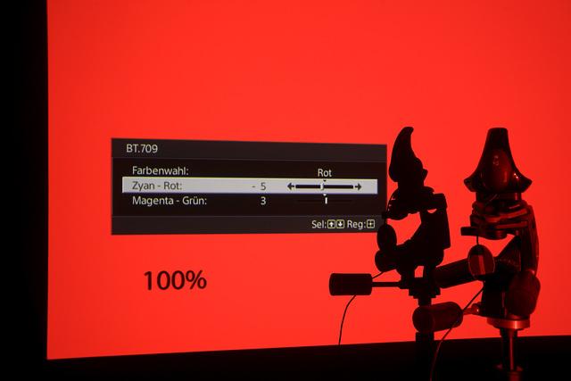 Sony VPL-VW520 - Screenshot RGB-Farbraum - Foto Michael B. Rehders_MBR2772