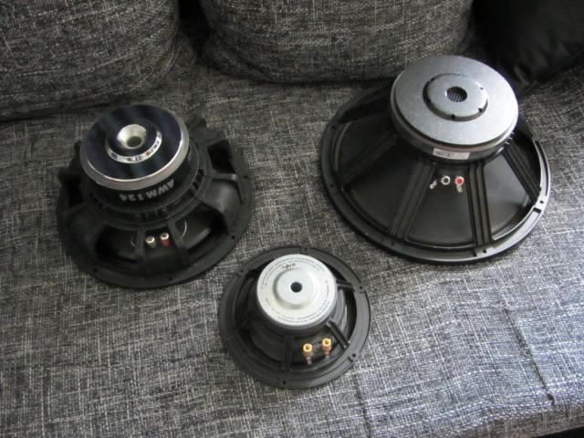 Lautsprecherbauten