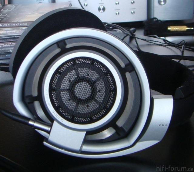 HD800 Closeup