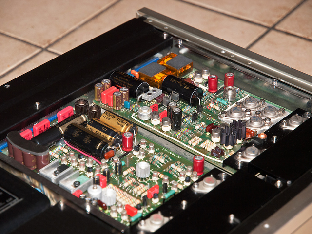 Accuphase C 220 Phono Pre