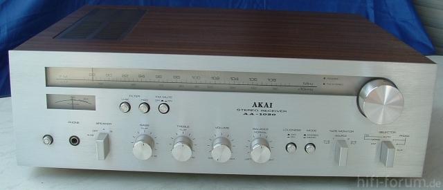 Akai AA1020