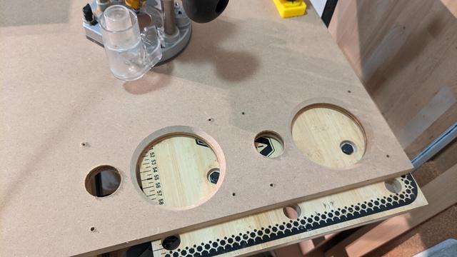 Neue Schallwände für Denon SC-N4 Leergehäuse