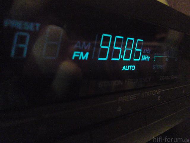 Yamaha TX-350 Blaue Beleuchtung