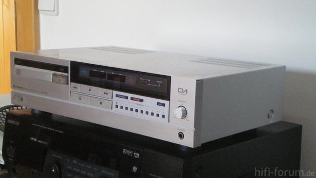 Hitachi DA-800