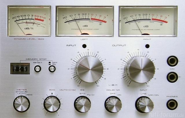 Pioneer CT F 700 VU Meter