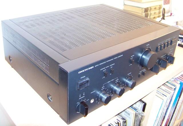 OnkyoA8017b