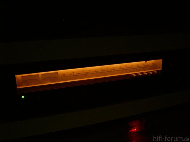 Optonica SA-3131 bei Nacht