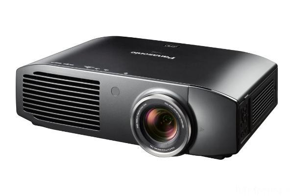 16:9 Full HD 3D LCD-Projektor Panasonic PT-AT5000E