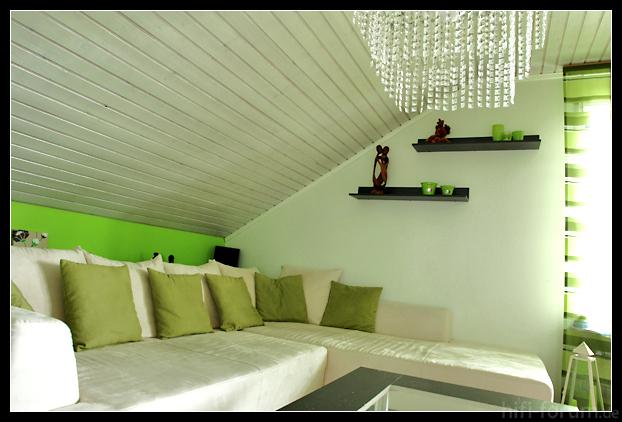 holzdecke weis streichen vorher nachher ihr traumhaus ideen. Black Bedroom Furniture Sets. Home Design Ideas