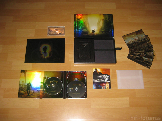 I Am Legend Ultimate Collectors Box