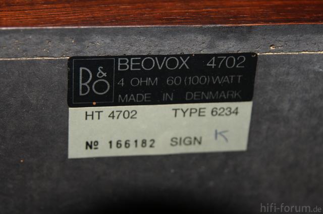 B&O4702 7