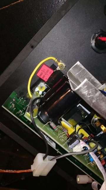 Innenleben AM120 Kondensator