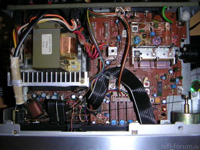 TA-M200 Inside