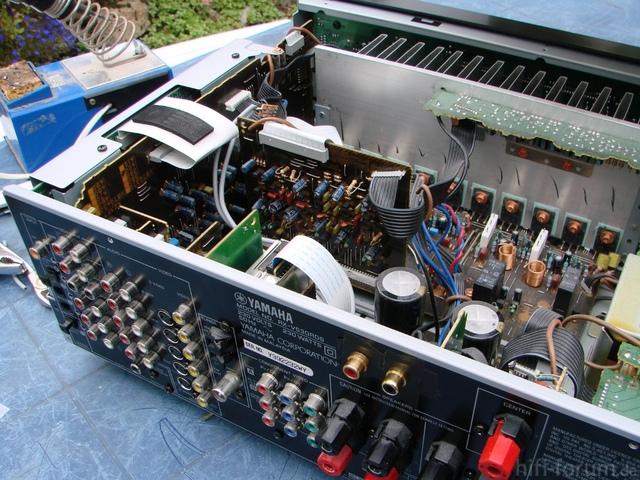 Nachgerüstete Pre-Outs Am Yamaha RX-V530RDS