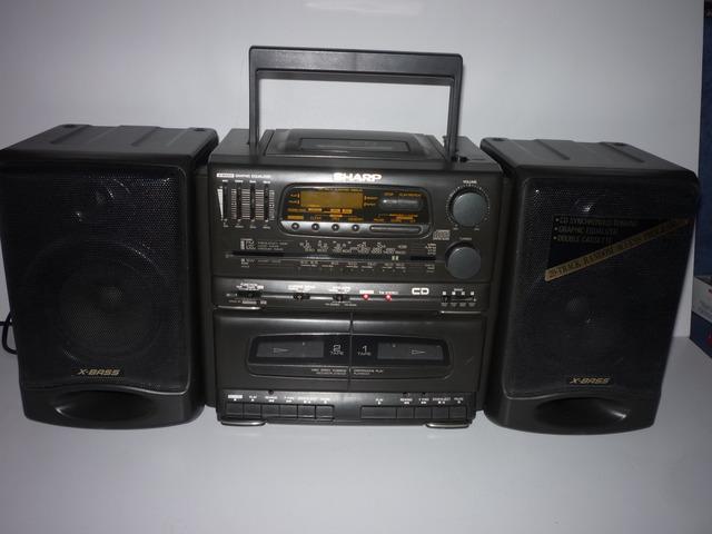 Sharp CD 555