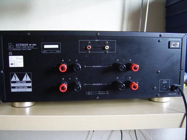 Luxman M-363 Rückseite