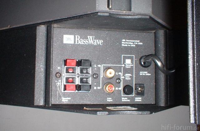 Basswave1