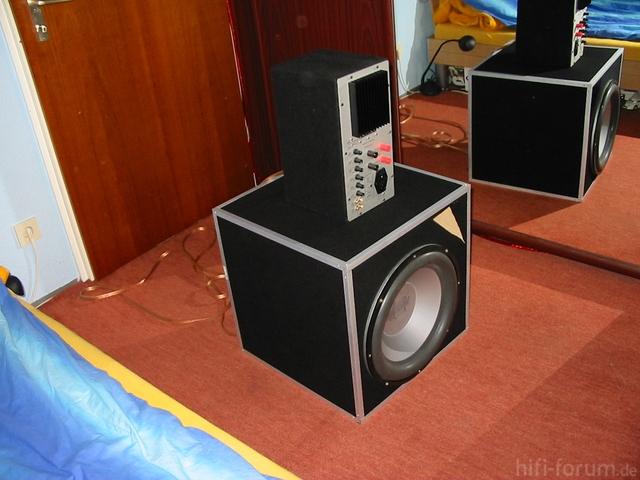 AXX1515, Gehäuse Eigenentwicklung Ultra Tief Abgestimmt.