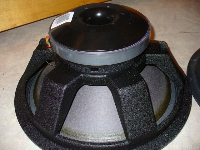 The Box Speaker 18-500