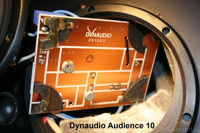Dynaudio Audience 10 Removing The Crossover Network PCB Solder Side