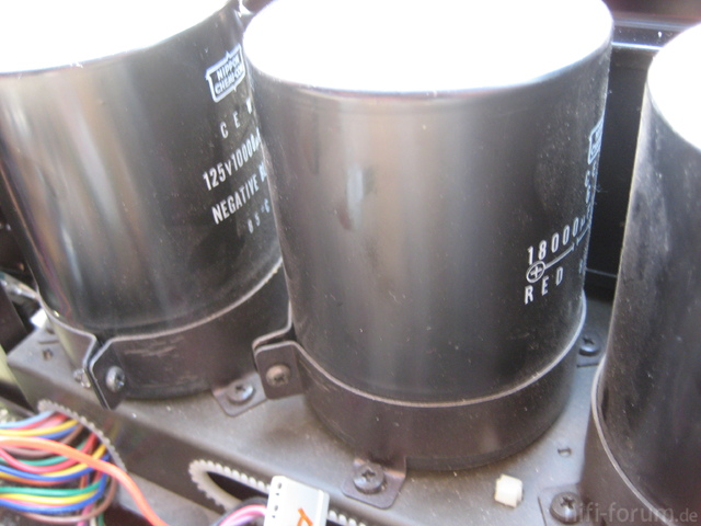 Hitachi HMA-8300 Power Amplifier Large Electrolytic Capacitors 2x 18000uF µF