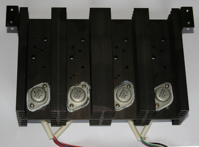 Hitachi HMA-8300 Power Amplifier - Previous Power Transistors On Heat Sink One Channel