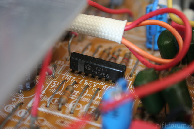 Hitachi HMA-8300 Power Amplifier - Subsonic Filter OpAmp HA1456 In SIL-8