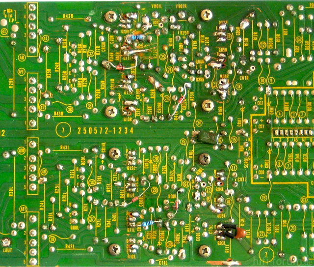 Reparatur Des Hitachi HMA-8300 - PCB 2nd & 3rd Stage - Solder Side - Before