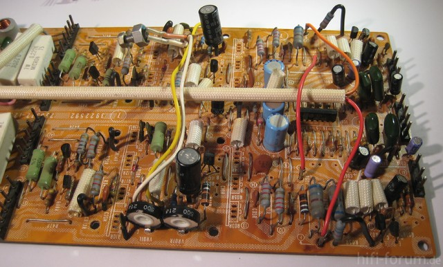 Reparatur des Hitachi HMA-8300 - Potis zur Ruhestromeinstellung