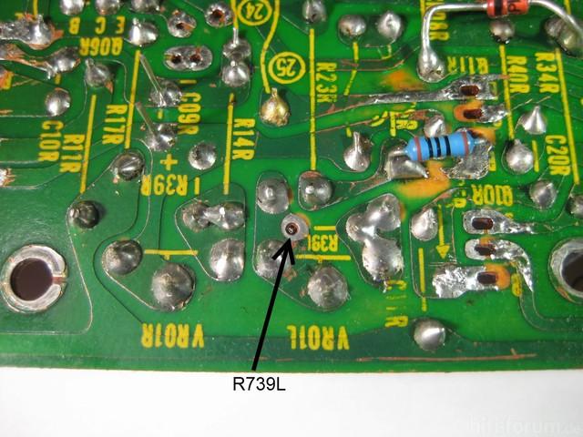 Reparatur Des Hitachi HMA-8300 - Widerstand In Der Ruhestrom-Einstellung Ohne Kontakt