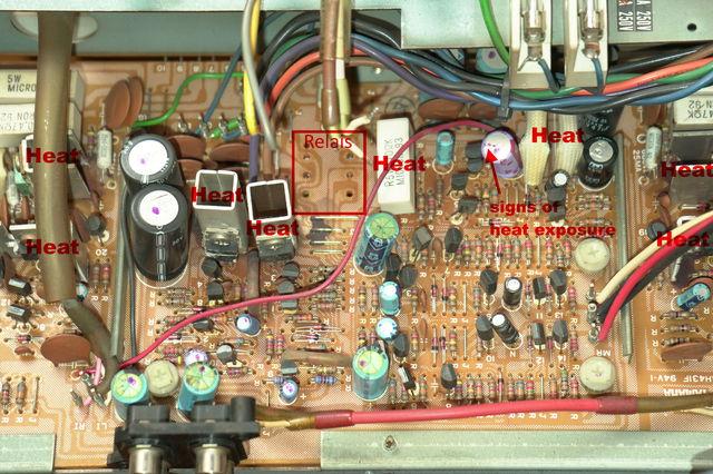 Yamaha CR-810 inside pic 06 Endstufe von oben heat marked