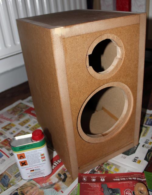 Erster Lautsprecher Fertig Grundiert