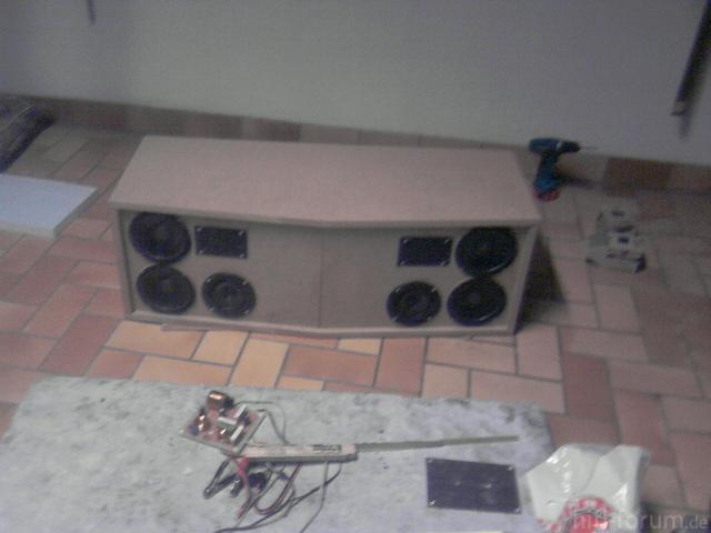 tragbare musikbox teile schaltplan sonstiges hifi forum. Black Bedroom Furniture Sets. Home Design Ideas