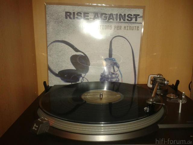 Rise Against - Revolutions Per Minute