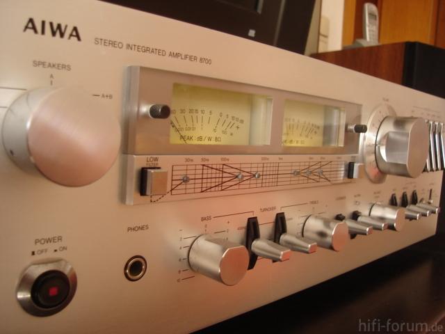Aiwa8700