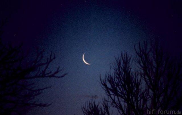 Thin Moon
