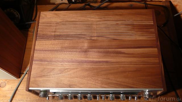 7055 / 65 Woodcase Lüftungsschlitze