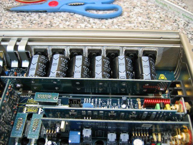 Audison VRX 1-500 Elkos-Transistoren