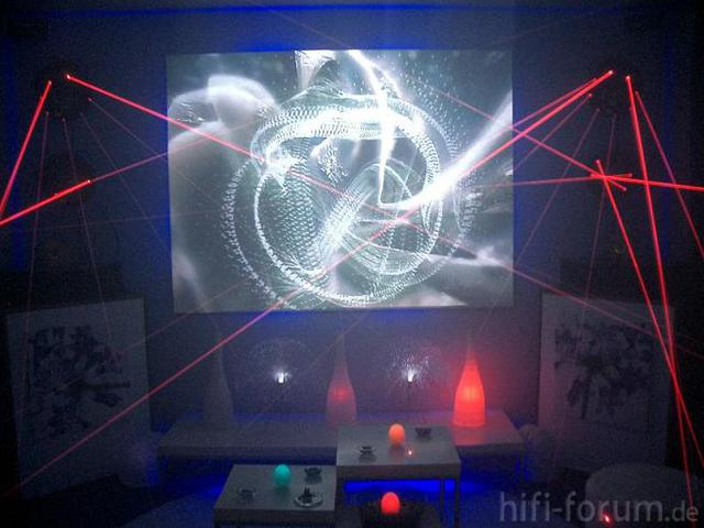 Alte Anlage Mit Klipschörnenrn Und Lasern