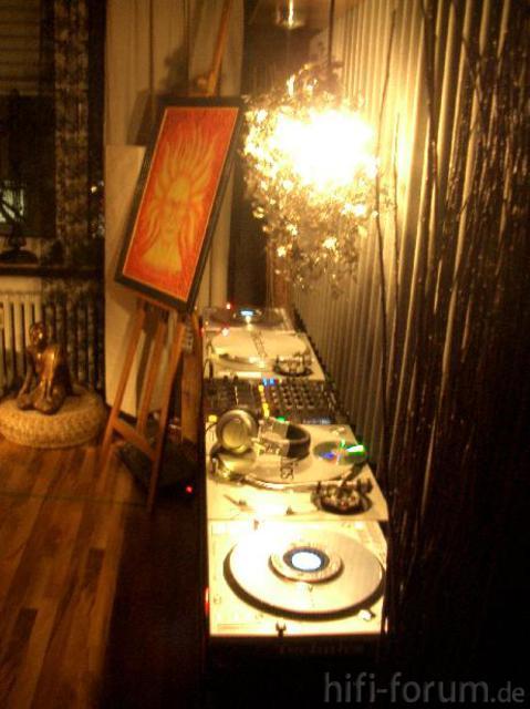 DJ Pult Ist Jetzt Auch Fertig