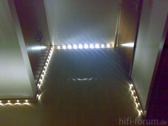 flur do it yourself leds licht hifi bildergalerie. Black Bedroom Furniture Sets. Home Design Ideas