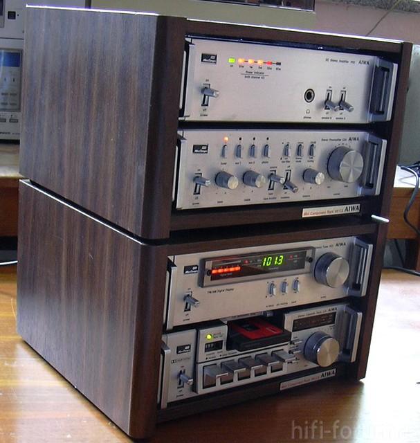 Aiwa Mini Component System 22