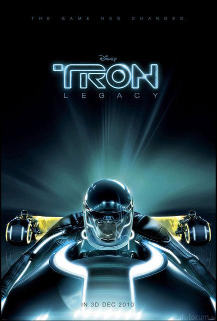 Tron Legacy Poster1