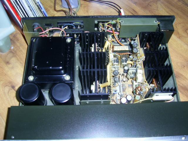 Hitachi HA 1100 Innen