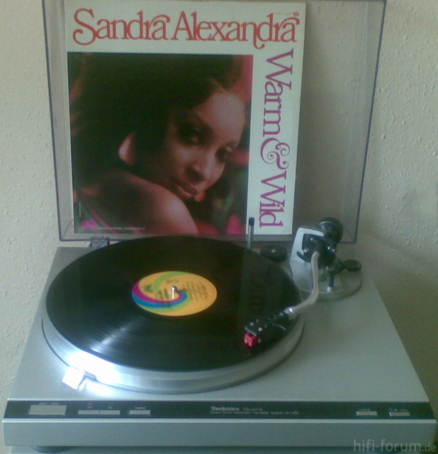 Sandra Alexandra - Warm & Wild(1968;UNI US1076)