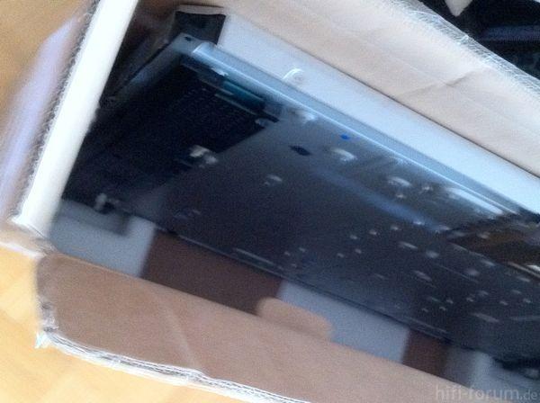 SONY KDL46X3000 Panel Und Versandkarton