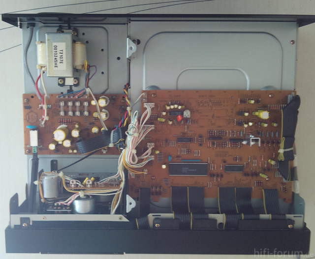 Akai GX 95 Stromkabel Innenansicht